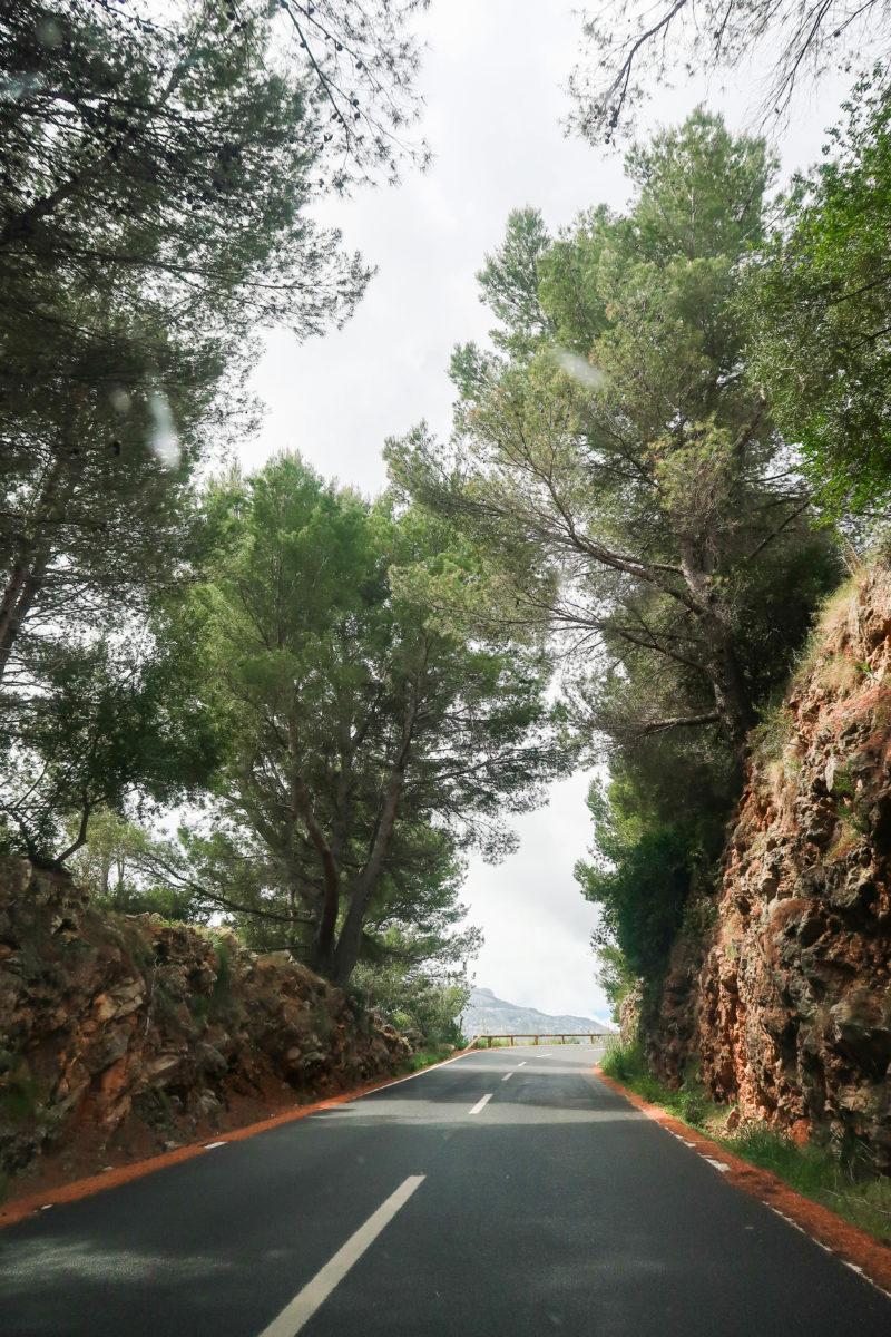 Rutas en coche con Muvon. La serra de Tramontana en Mallorca - Caimari